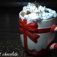 Ciocolată caldă cu Nutella