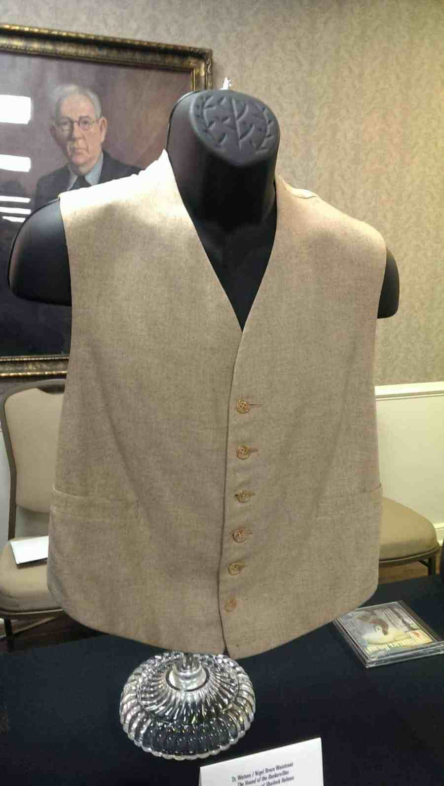 Dr. Watson waistcoat from THE HOUSE OF THE BASKERVILLES and THE ADVENTURES OF SHERLOCK HOLMES, 1939. Cream-colored vest with beige back.