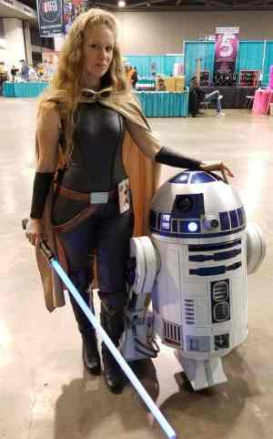 Laura as Mara Jade with R2-D2