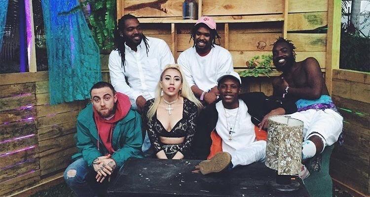 Kali Uchis et Mac Miller avec le groupe Phony Ppl