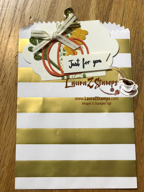 Gift bag with tag and clip