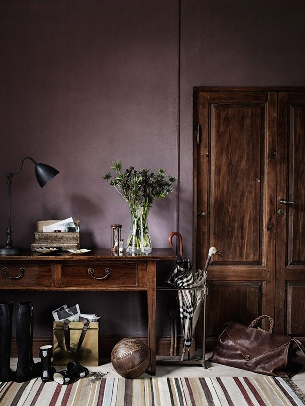 ten colorful paint colors that act like