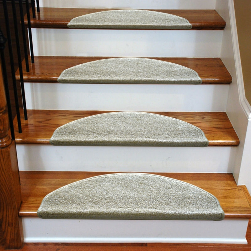 3 Common Staircase Design And Decor Mistakes What To Do Instead | Rustic Carpet Stair Treads | Wood | Mat | Non Slip | Wool | Overstock