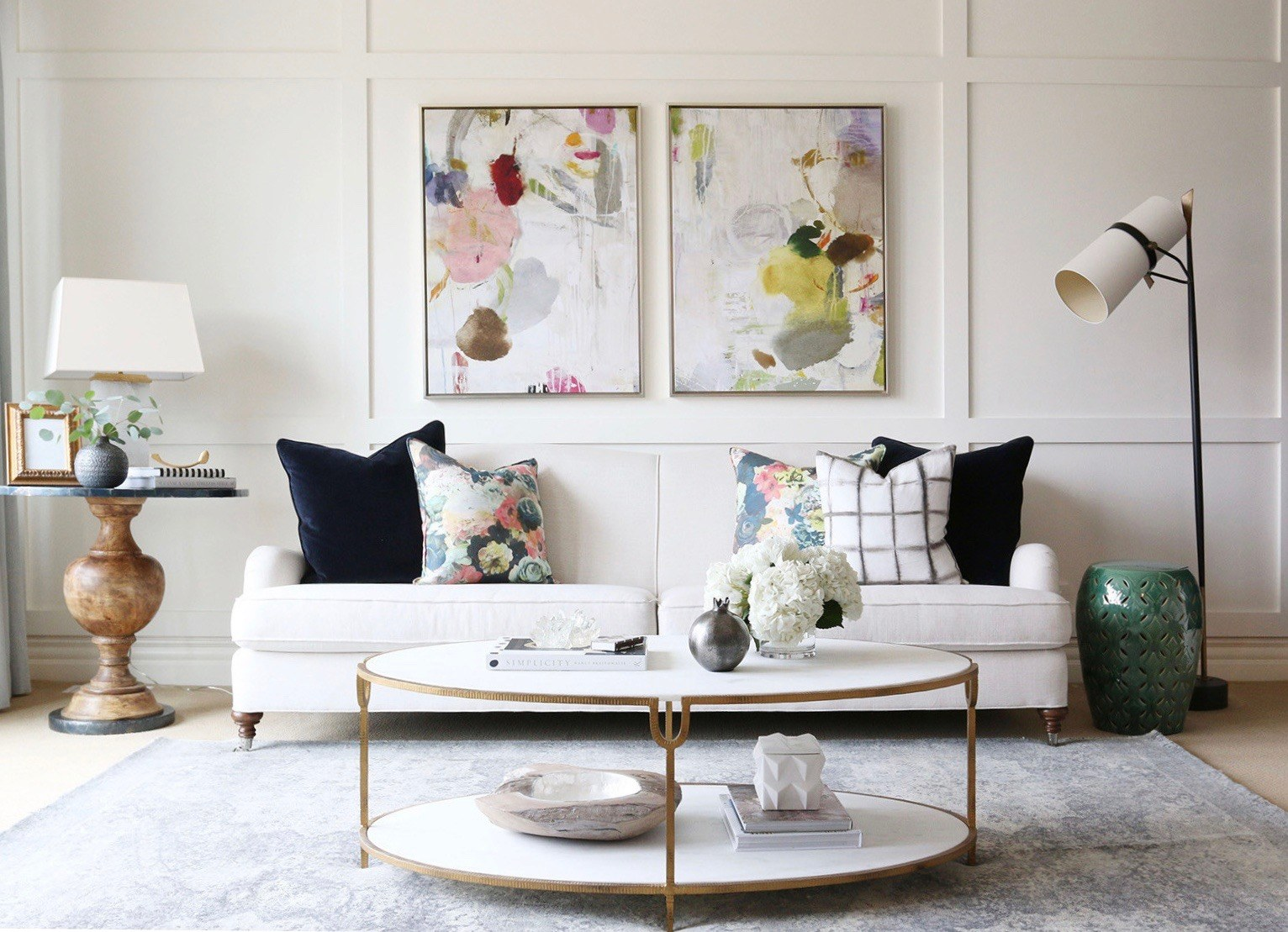 The Trick To Mixing Modern and Traditional Furniture  laurel home