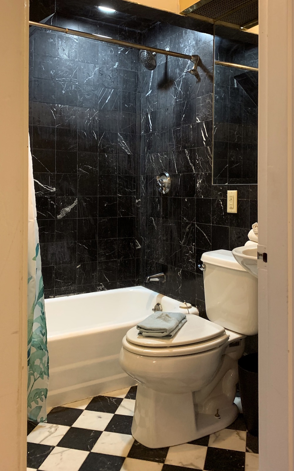 airbnb backbay boston black marble