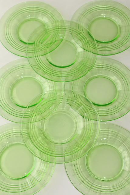 1930s vintage Anchor Hocking green depression glass plates circle band optic ring pattern