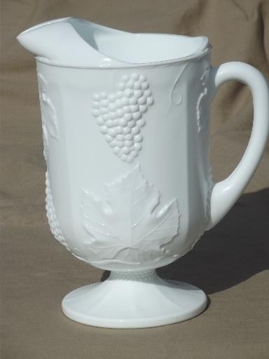 Indiana Harvest Grape Milk Glass Vintage Grapes Pattern Lemonade Pitcher