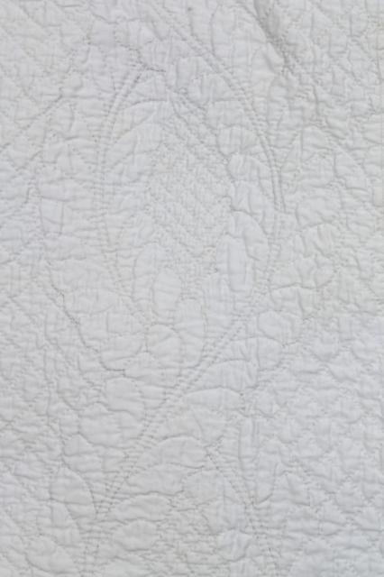 all white wholecloth quilt, vintage quilted cotton