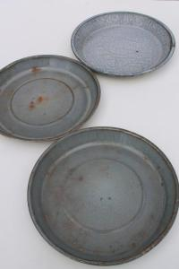 Antique Pie Plates & Vintage Pie Pans | Antique Mrs ...