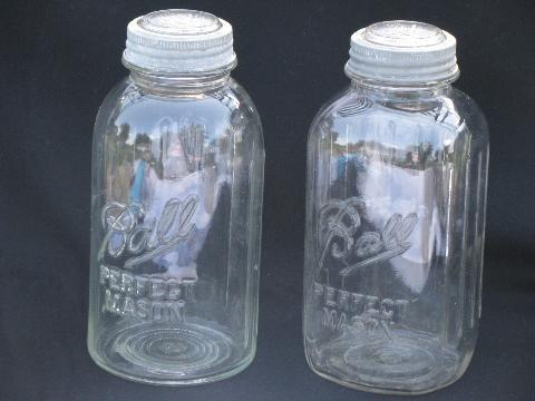 lot of two deco vintage 2 quart Ball mason jars wzinc