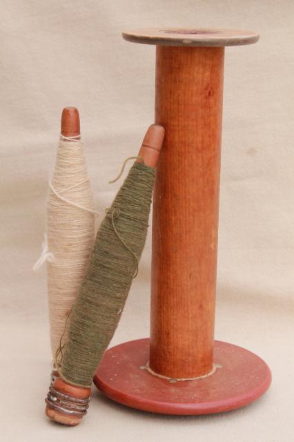 Primitive Vintage Wood Spool Amp Yarn Spindle Bobbins Old