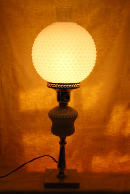 Vintage Hobnail Milk Glass Table Lamp Gone With The Wind Round Globe Shade