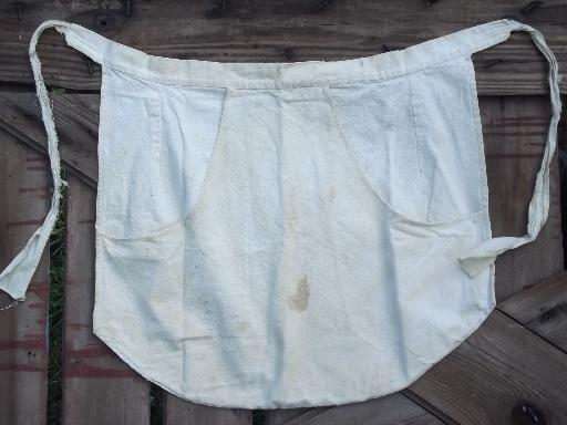 Vintage Kitchen Washday Apron Heavy Homespun Style Cotton Feedsack Fabric