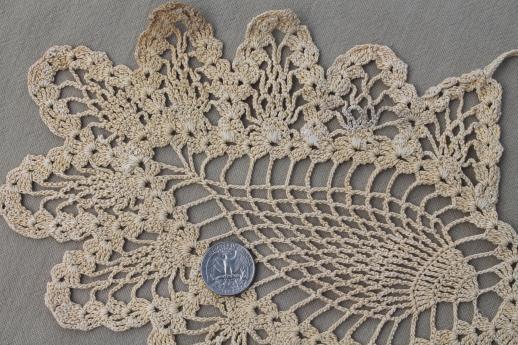 Poinsettia Pineapple Doily Patterns