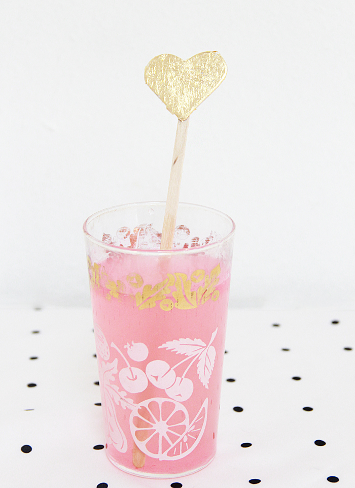 A Bubbly LifeDIY Gold Leaf Heart Drink Stirrers - A Bubbly Life