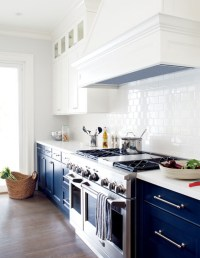 Having A Moment: Navy and White Kitchen Cabinets - Lauren ...