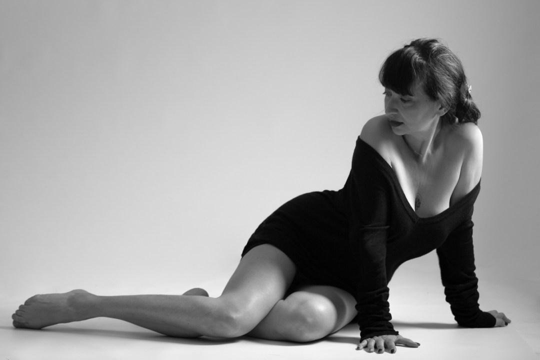 séance boudoir femme intime en lingerie proche de toulon dans le var