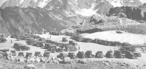 Cars at Artist Point, the terminus of the Mt. Baker Highway, in 1935 (National Park Service photo)