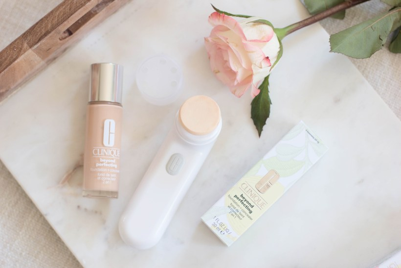 Clinique Sonic Airbrushed Liquid Foundation Applicator