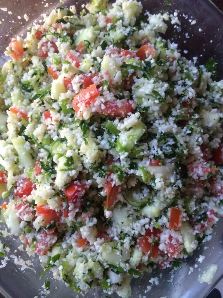 Alkaline Raw Vegan Cauliflower Tabouli (keto, paleo, low carb and whole30 approved!) #keto #lowcarb #paleo #whole30