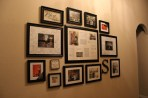 Picture-Hanging-Ideas-living-room-interior-featured-hanging-wedding-ceremonial-moment-picture-frames-ideas-in-family-room-entertaining-room-in