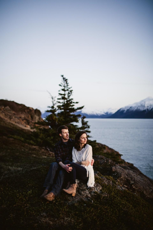 AiliChase-©LaurenRoberts2016-AlaskaEngagementPhotographer-TurnagainArm-24