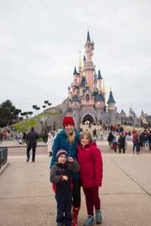 Disneyland Paris Lauren' Latest