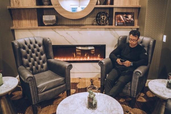 Hyatt Regency Calgary - Regency Club Boardroom Fireplace
