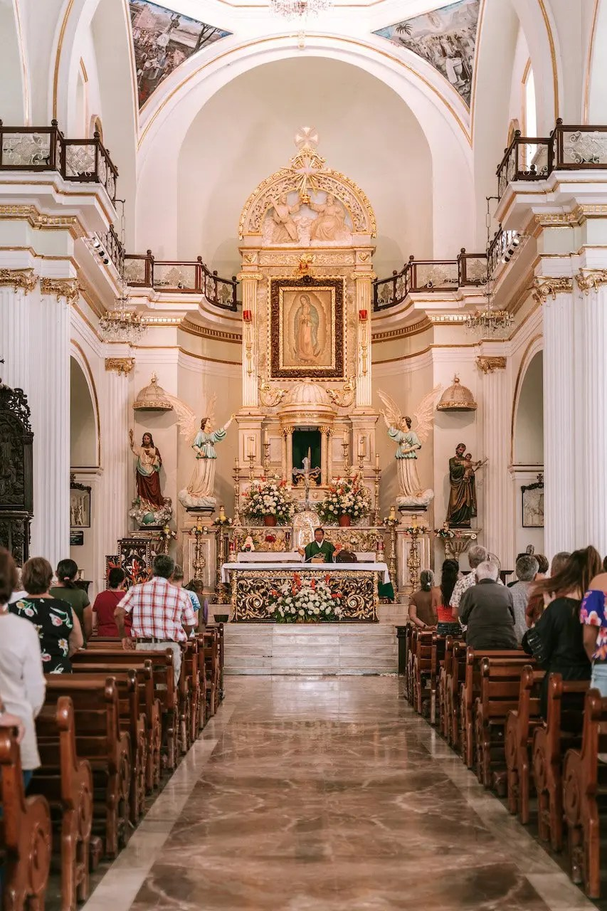 12 Hours in Puerto Vallarta - Wednesday Mass at Our Lady of Guadalupe