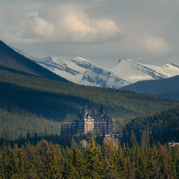 Fairmont Banff Springs Hotel, castle in the Rockies