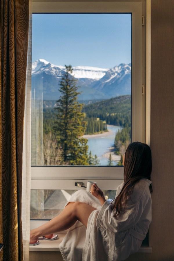Fairmont Banff Springs Mountain View Room