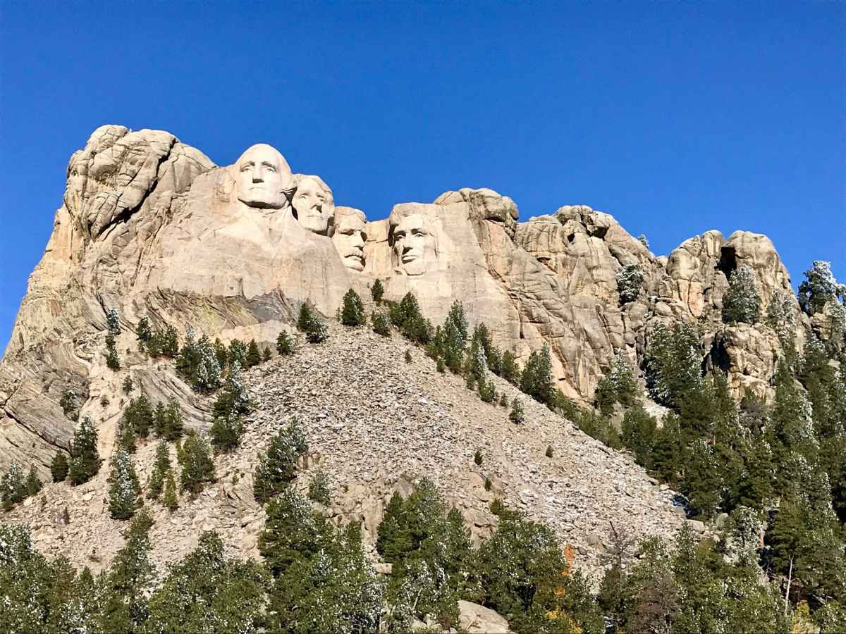 low angle photo of mount rushmore
