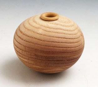 Vase en frêne