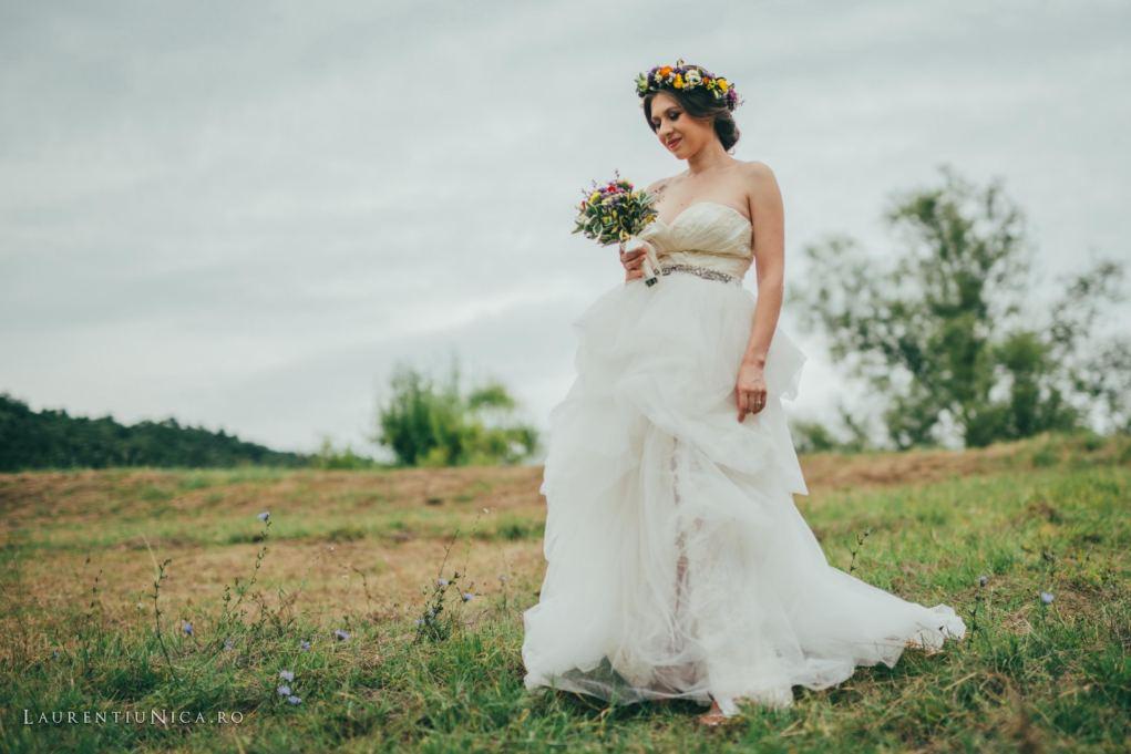 Angi-si-Adi-sedinta-foto-After_Wedding_Colt-deRai-Bulzesti_fotograf_laurentiu_nica_01
