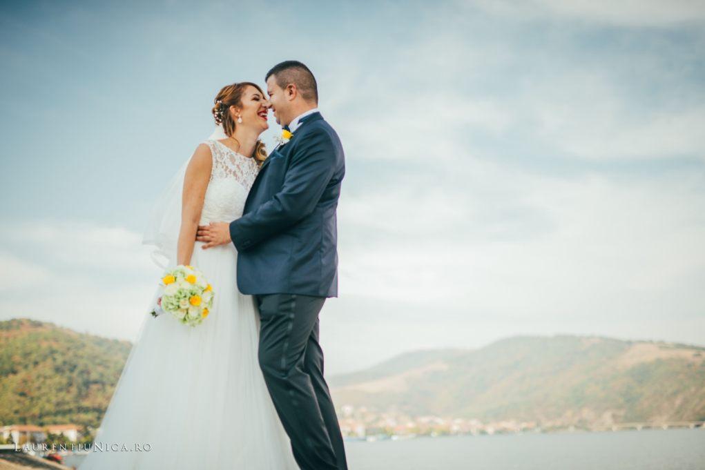 iulia-si-cosmin-fotografii-nunta-orsova-laurentiu-nica29