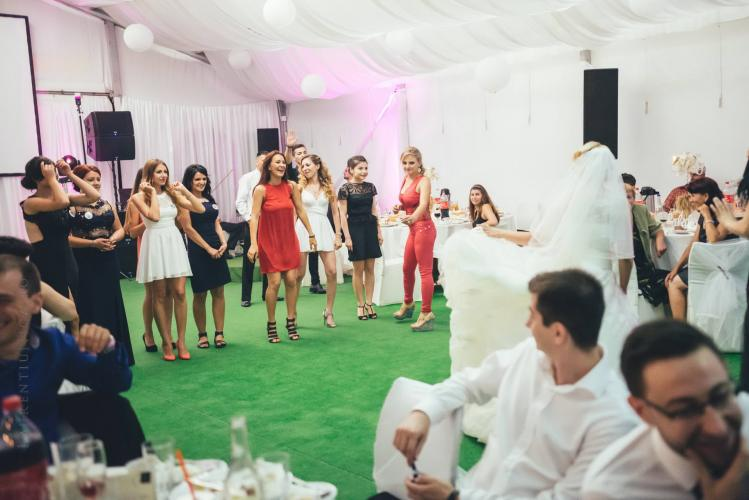 luiza-cosmin-valcea-fotograf-nunta-craiova-laurentiu-nica-104