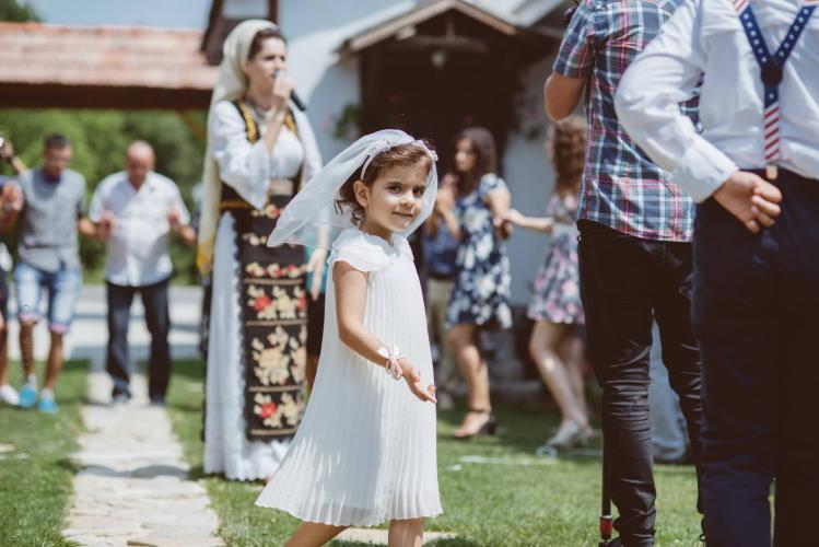 luiza-cosmin-valcea-fotograf-nunta-craiova-laurentiu-nica-24