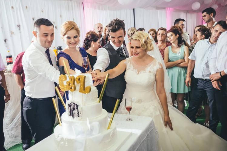 luiza-cosmin-valcea-fotograf-nunta-craiova-laurentiu-nica-98