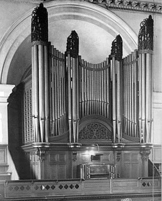 great exhibition pipe organ case restoration by Laurent Robert Woodcarver,