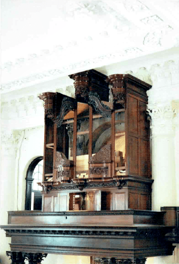 St Paul's Deptford church in London,  1745 organ case restoration, pipe organ case reassembly in church, Laurent Robert woodcarver
