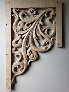 pipe shade carved in oak by Laurent Robert Woodcarver,7
