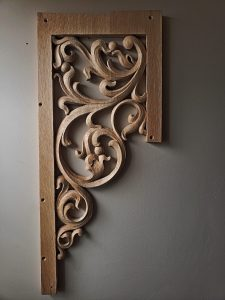 pipe shade carved in oak by Laurent Robert Woodcarver,2