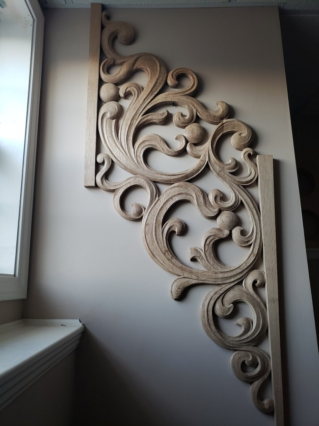pipe shade carved in oak by Laurent Robert Woodcarver,10