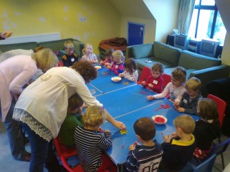 Clara og Benjamin i Søndagskole