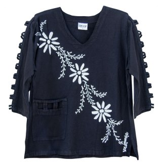 lattice-sleeve-w-pocket-black-mina-flowers