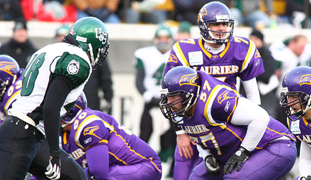 Laurier and Saskatchewan battle for the first time since the 2005 Vanier Cup on Friday (Photo Credit: Freestyle Photography)