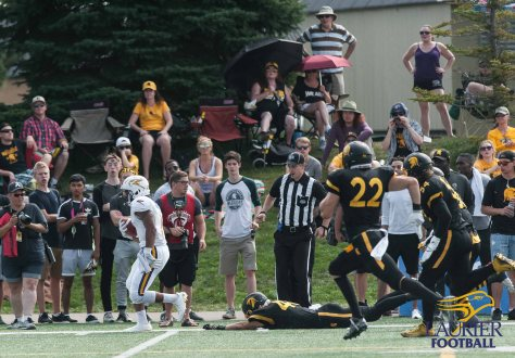 20170923 - Kha Vo - Laurier Football vs WAT-192