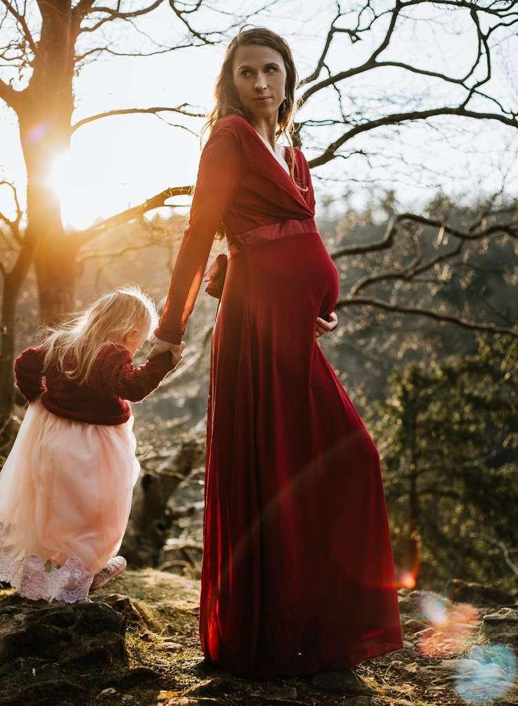 maternity-photographer-gloucestershire-laurine