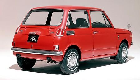 honda n360 et n600 1967 1973 l 39 automobile ancienne. Black Bedroom Furniture Sets. Home Design Ideas
