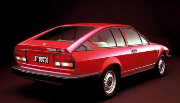 Aujourd'hui j'ai acheté... Alfa-Romeo-GTV-ph.2-3